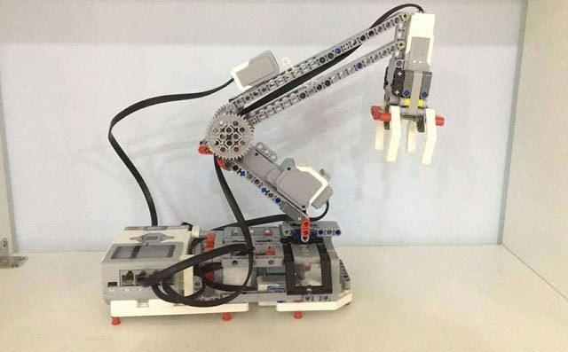乐高机器人怎么能赚钱