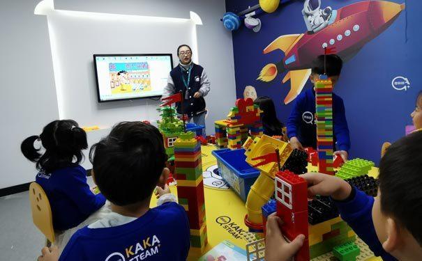 奇咔咔乐高机器人课堂