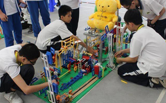 奇咔咔少儿编程加盟总部会给予众多扶持帮助