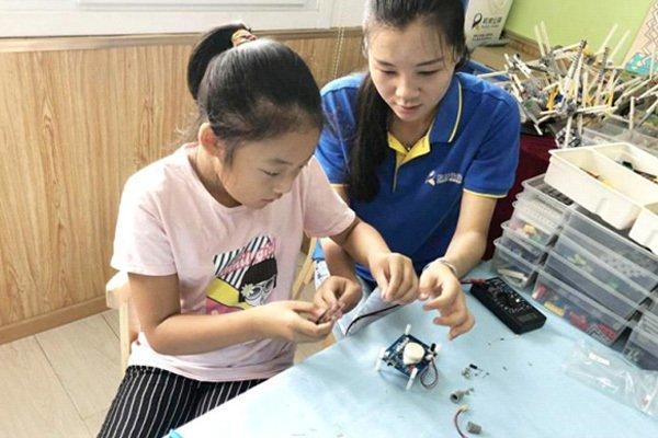 机器人教育未来市场需求量有多少